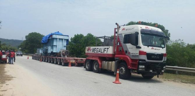 Megalift Covers 300km to Deliver Two Transformers