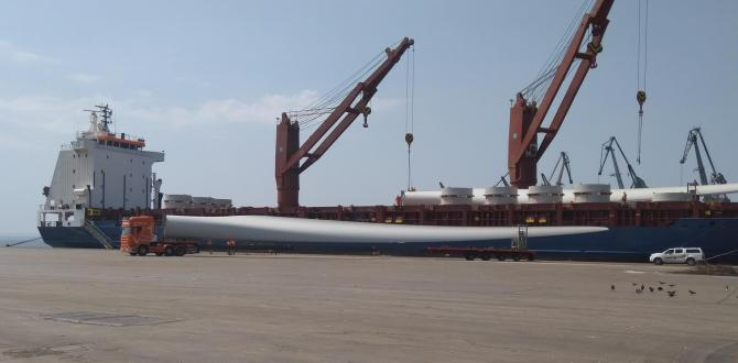 Delta Maritime Take Receipt of Windmill Blades in Greece