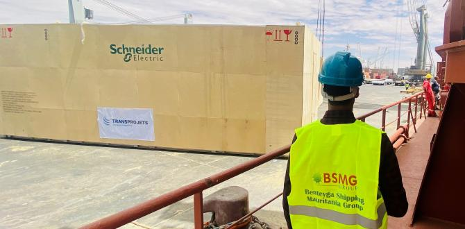 BSMG Discharge Heavy Cargo in Mauritania for Mining Projects