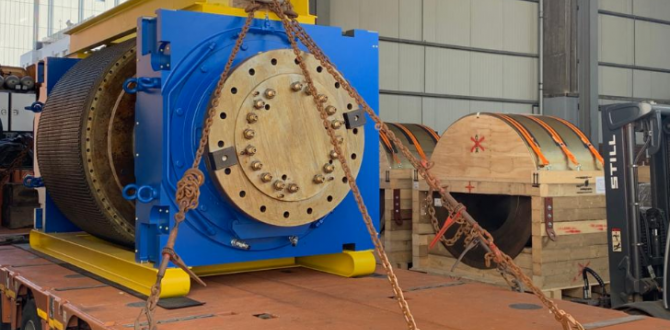 KGE Baltic with Transport of 2 Heavy Valves for Mining Industry