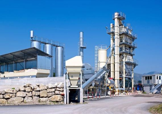 PCN Members Team Up to Transport Big Asphalt Mixing Plant