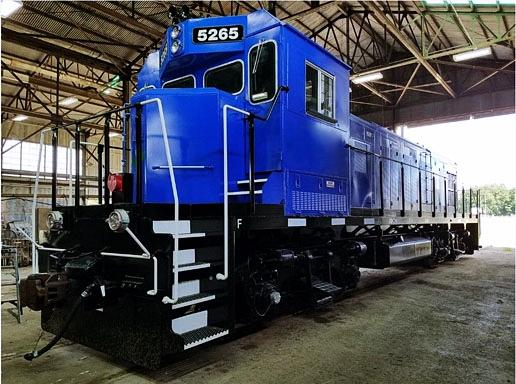 C.H. Robinson's Expertise Simplifies a Large Locomotive Move