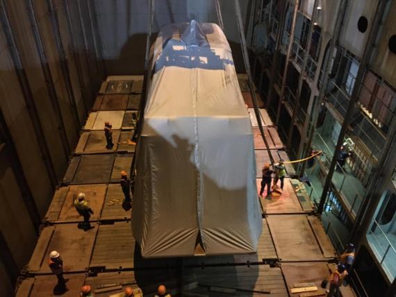 DC Logistics Brasil & Anker Logistica Handle 56' Yacht
