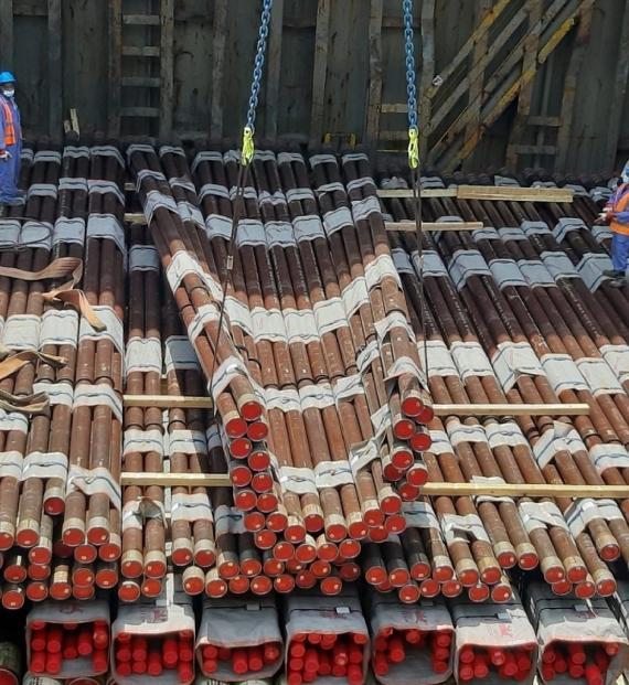 Polaris UAE Receive Breakbulk Shipment of Steel Tubing